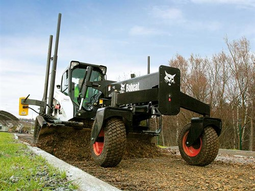 Large -Bobcat -Attachment -Grader -Sonic -Tracer -IMG_3958_130401